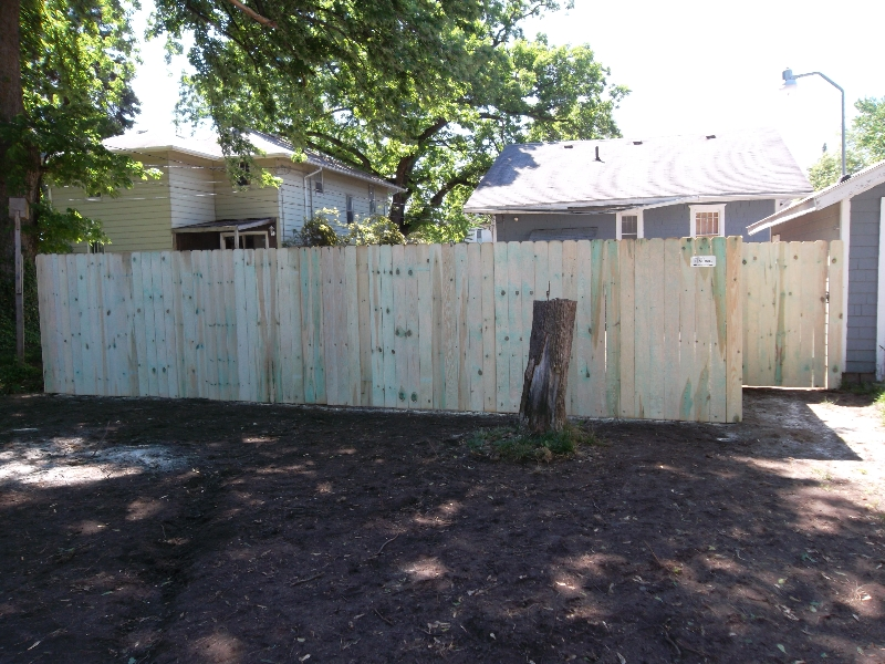 Residential Wood Fencing27