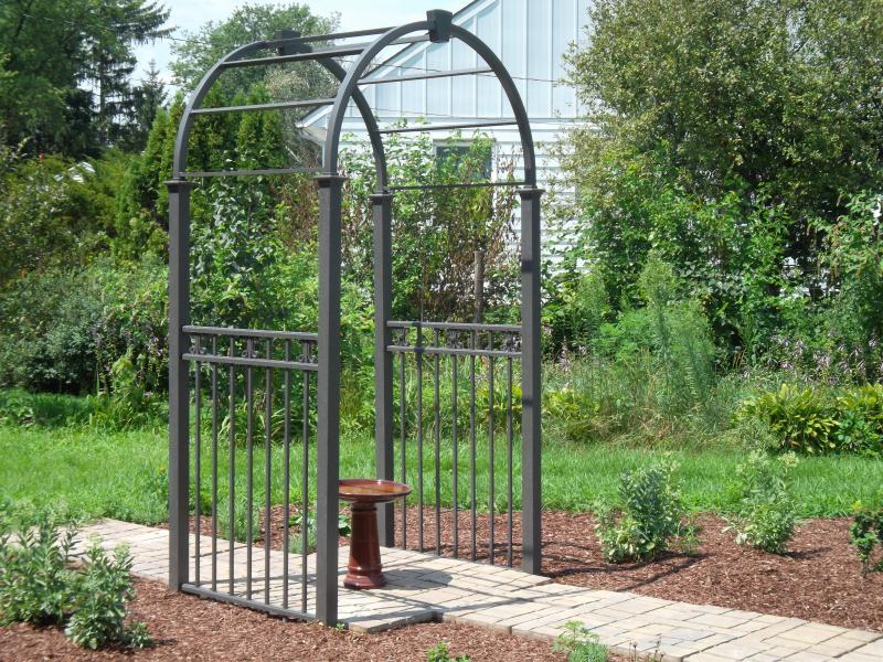Residential Aluminum Fencing16