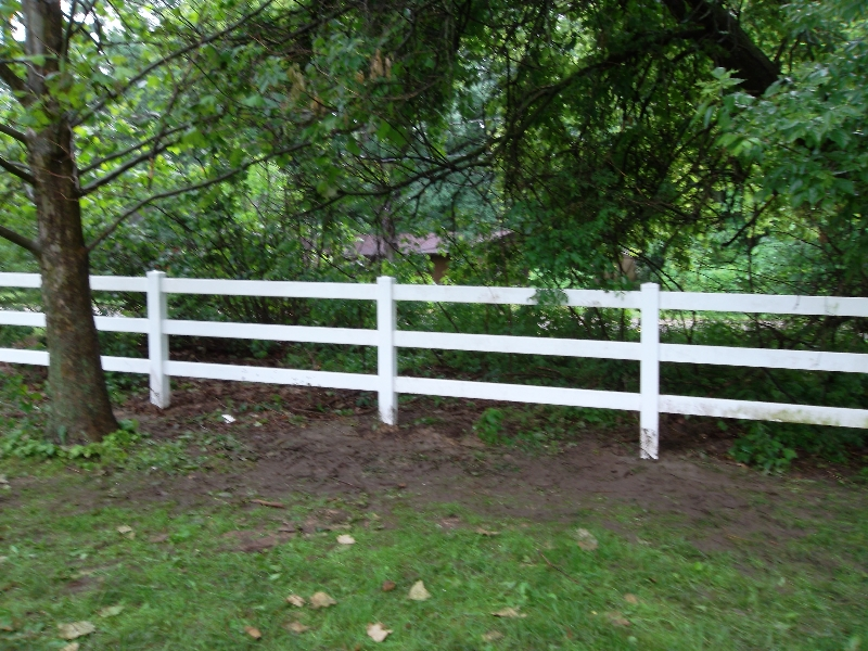 Residential Wood Fencing25