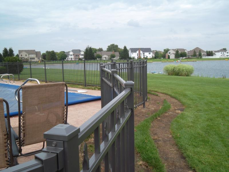 Residential Aluminum Fencing20