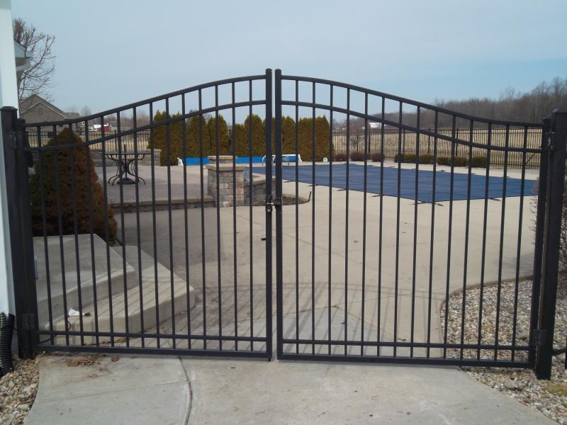 Residential Aluminum Fencing15