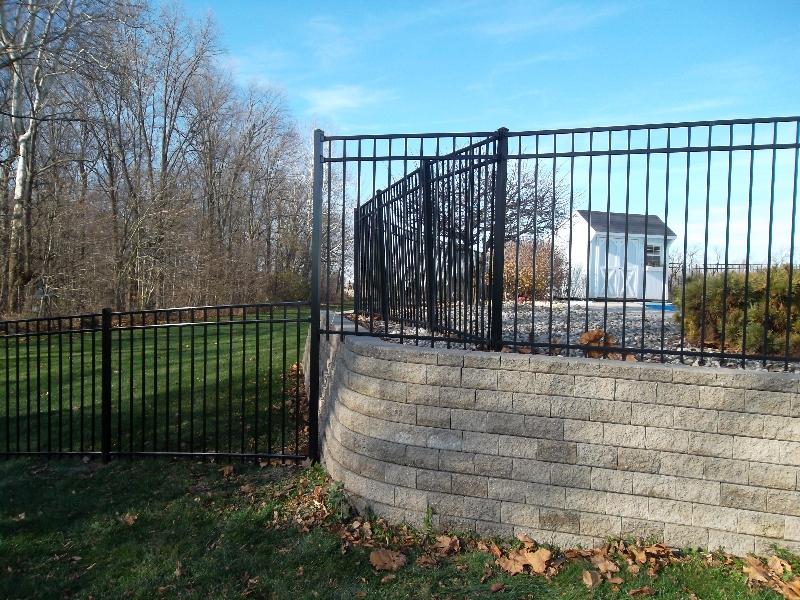 Residential Aluminum Fencing10