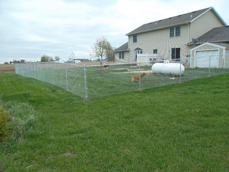 Residential Chain Link Fencing14