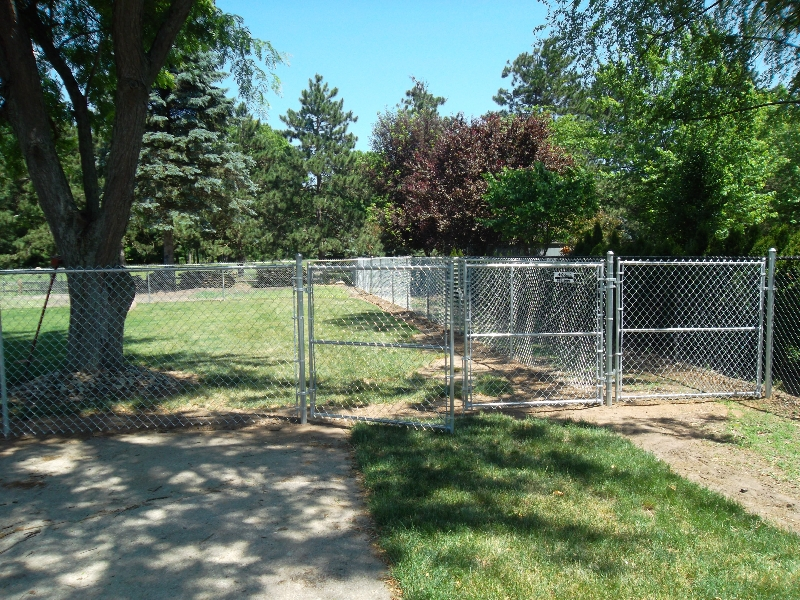 Residential Chain Link Fencing19