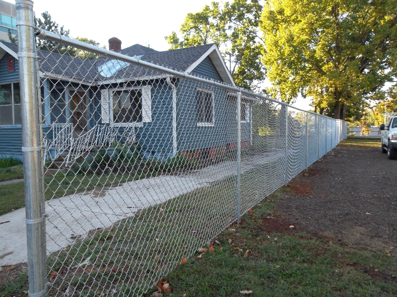 Residential Chain Link Fencing22