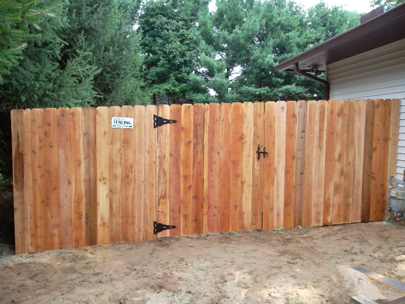 Residential Wood Fencing18