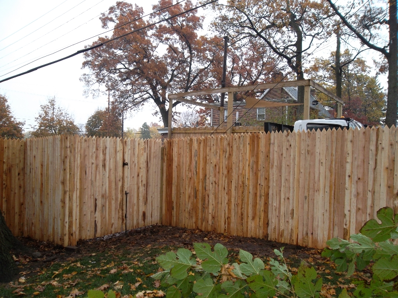 Residential Wood Fencing14