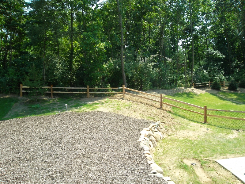 Residential Wood Fencing5