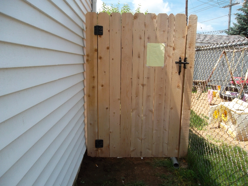 Residential Wood Fencing3