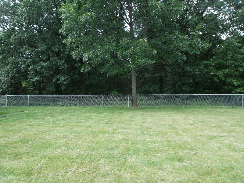 Residential Chain Link Fencing24